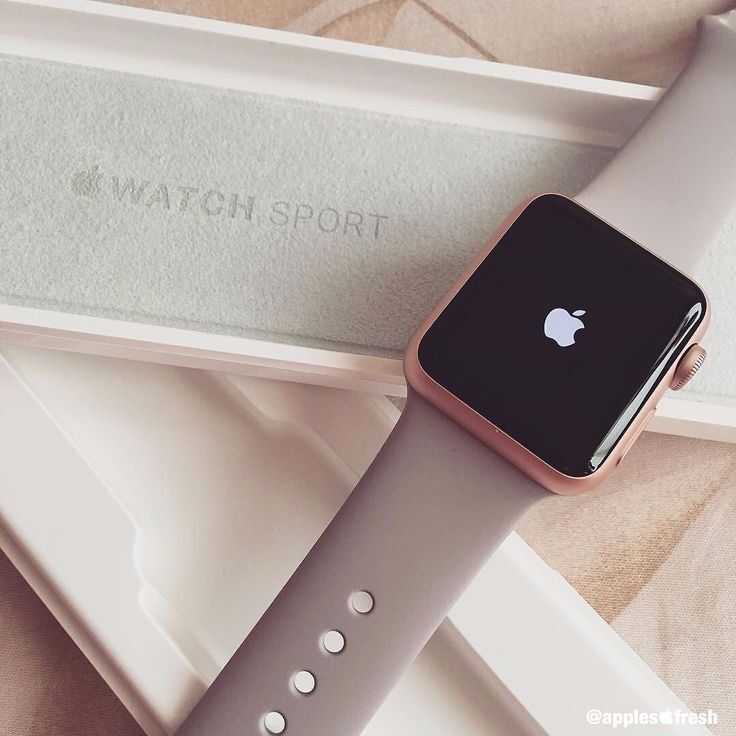 Apple Watch Series 1 Rose Gold 38mmin Cannock, StaffordshireGumtree - Apple Watch Series 1 Rose Gold 38mm Comes with box, watch case, charger, spare strap and a Rose Gold metal strap that i brought separate. Reason for selling is due to simply not using it, so it is in great condition. Selling for £150