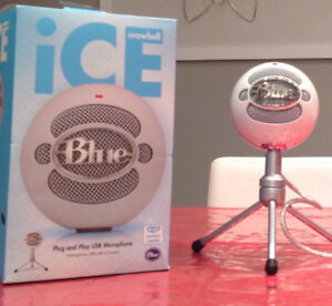 Microphone blue ice snowball