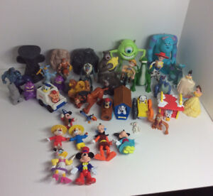 HUGE DISNEY TOY FIGURE COLLECTION
