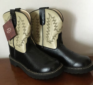 New - Ladies, Leather, Old West Cowboy Boots 7.5 - 8