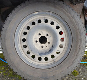 225 65 R17 Acura/Honda Rims with 2015 Hankook Radials Prince George British Columbia image 1