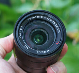 Sony 16-70mm beautiful Mint condition, Carl Zeiss Vario-Tessar