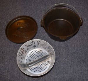 Brand New: Cast Iron 8½ Quart Dutch Oven with Frying Basket