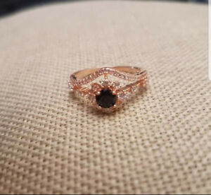 Rose Gold Ring, Size 8.