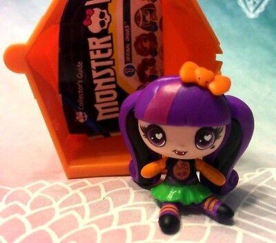 Monster High Halloween 1 (2015 Monster High Minis Season 1 Halloween Retired Draculaura FREE SHIP over)