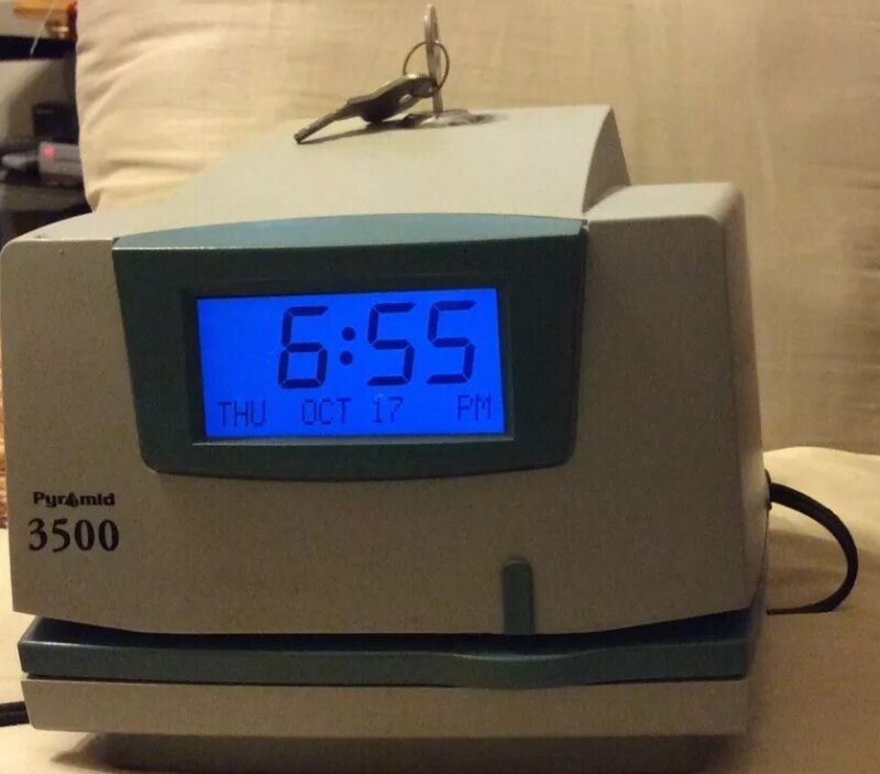 PYRAMID - 3500 Time Clock & Document Stamp, With Keys. Pre-owned.