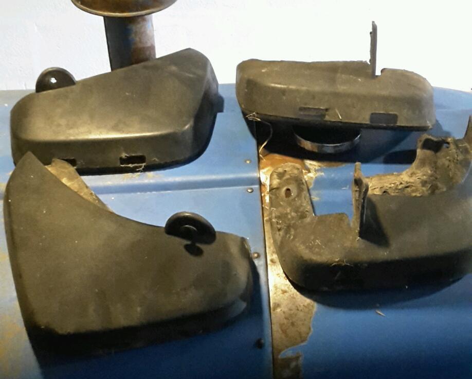 Audi mud flaps
