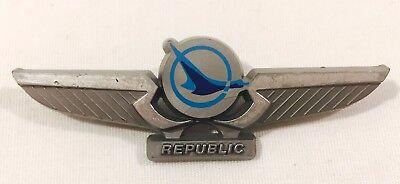 Vintage Republic Airways Plastic Wings Pin  2 75  In Length