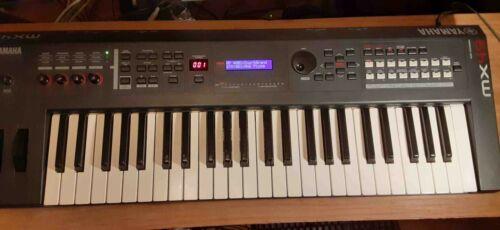 Yamaha MX49 49-Key Digital Synthesizer