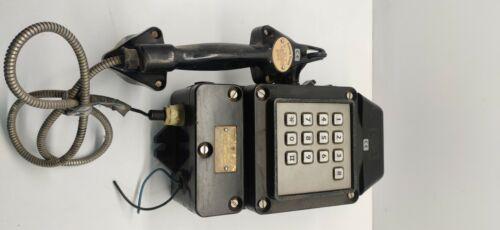 VINTAGE   Fersig Essen typ 5111 antique telephone