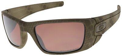 Oakley Fuel Cell Sunglasses OO9096-A2 Ultrablend Desert | VR28 Black Polarized