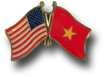 Wholesale Pack of 50 USA American Vietnam Friendship Flag Hat Cap lapel Pin