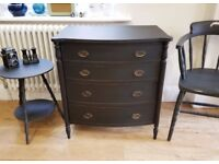 Chest of drawers. antique drawers. vintage drawers. painted drawers. vintage furniture. (1465)