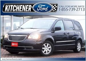 2011 Chrysler Town & Country Touring NAVI/DUAL DVD'S!/SUNROOF...