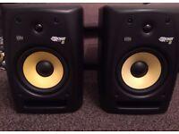 2 x KRK Rokit Powered 8 G2 Studio Monitors