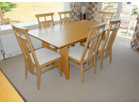 Kelmscott Light Oak Table and 6 fabric Chairs - Beautiful condition Seats up to 10