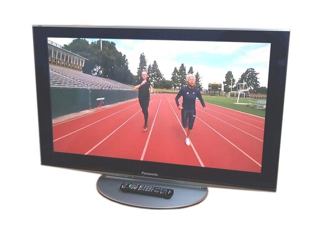 PANASONIC 42 INCH TV - FREEVIEW + FREESAT - 1080P