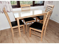 Oak Table and 4 Matching Chairs. Lovely Order. Just 2 Years Old.