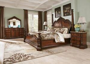 6 PC QUEEN SIZE SOLID WOOD BEDROOM SET SALE$3498
