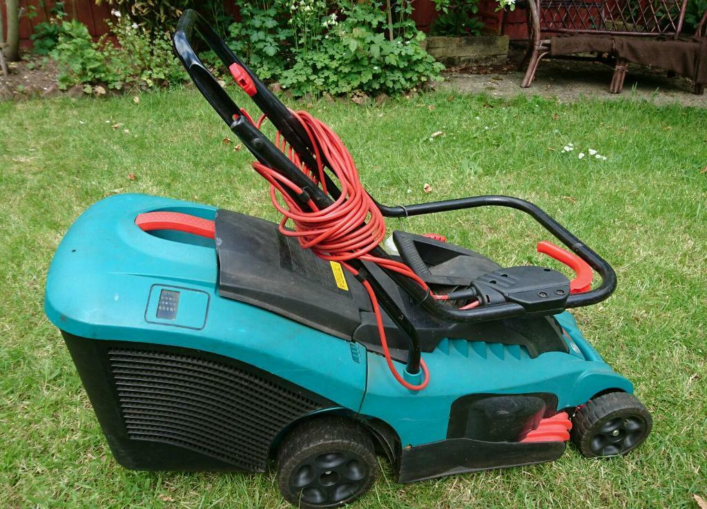 bosch rotak 34 electric lawnmower in ashbourne derbyshire gumtree. Black Bedroom Furniture Sets. Home Design Ideas