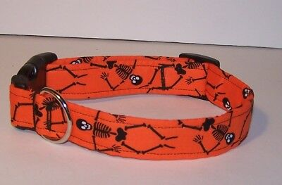 Wet Nose Designs Spooky Skeletons Dog Collar Halloween Orange Skulls Bones (Halloween Skulls Designs)