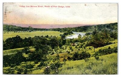 1909 Des Moines River Valley, North of Fort Dodge, IA Postcard