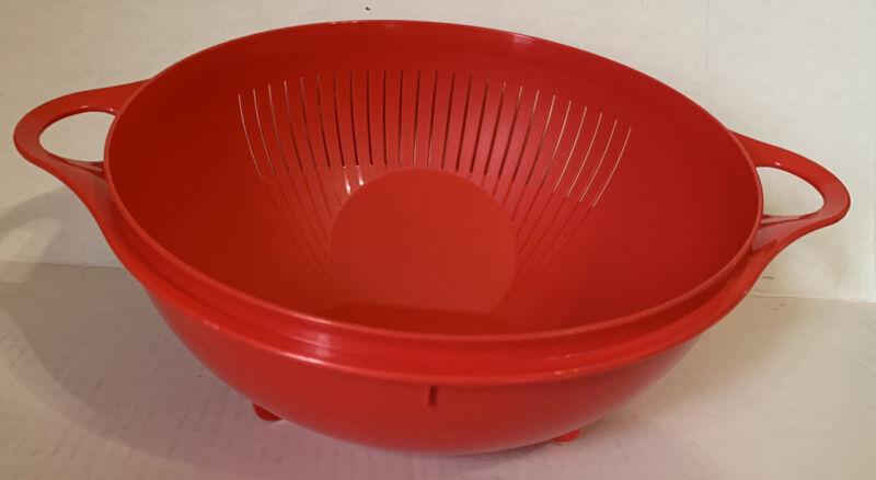 Tupperware Thatsa Multifunctional Colander Strainer Bowl Red New 3.75 L