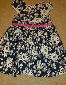 Girls flowery dress 7-8 years