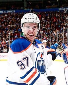 Oilers vs Canucks New Years Eve