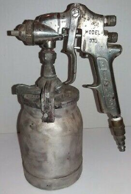 Binks Model 370 Paint Spray Gun With Canister - Used - Nozzle 86f