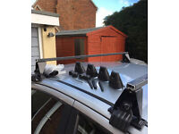 Car roof bars, Halfords 401, fits most vehicles WITHOUT rails