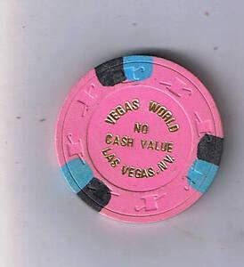 Casino chip making machine