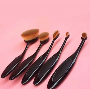 Brand new professional 5 piece oval brush makeup set.  Kitchener / Waterloo Kitchener Area image 3