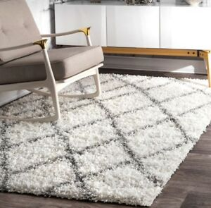 NULOOM 8x10 WHITE & GREY TRELLIS AREA RUG-LIKE NEW!