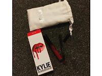 Kylie Cosmetics - lip kit