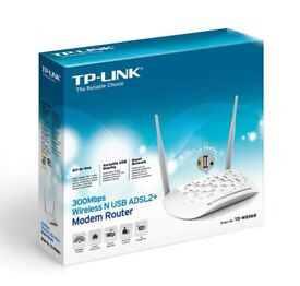 TP-LINK TD-W8968 300 Mbps Wireless N USB ADSL2+ Modem Router for Phone Line Connections (USB Port)