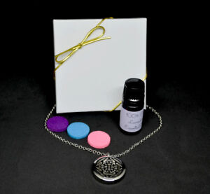 Essential Oil Pendant Necklace With Oil And Gift Box