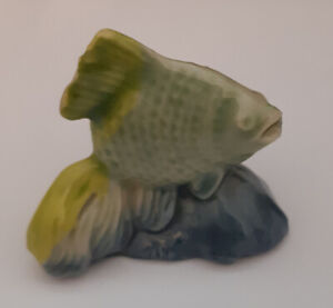 FANTAIL GOLDFISH FISH FIGURINE VINTAGE WADE RED ROSE TEA WHIMSIE