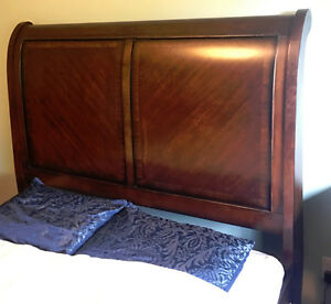 Beautiful Solid Wood Queen Bed Frame Set