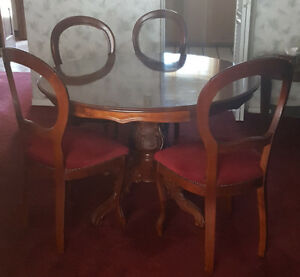 Vintage Baroque style Dining Table and Chairs