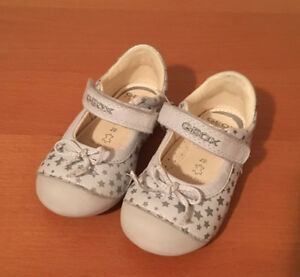 Geox size 20 white shoes (fits like size 4/5)