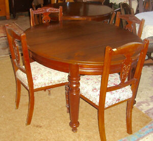 ANTIQUE DINING TABLE -d