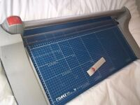 Dahle 444 A2 Guillotine Paper Cutter Rolling Rotary Trimmer