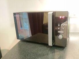 Russell Hobbs microwave RHM2073