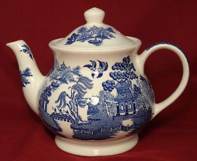 Windsor England Sadler BLUE WILLOW Teapot 4 Cup