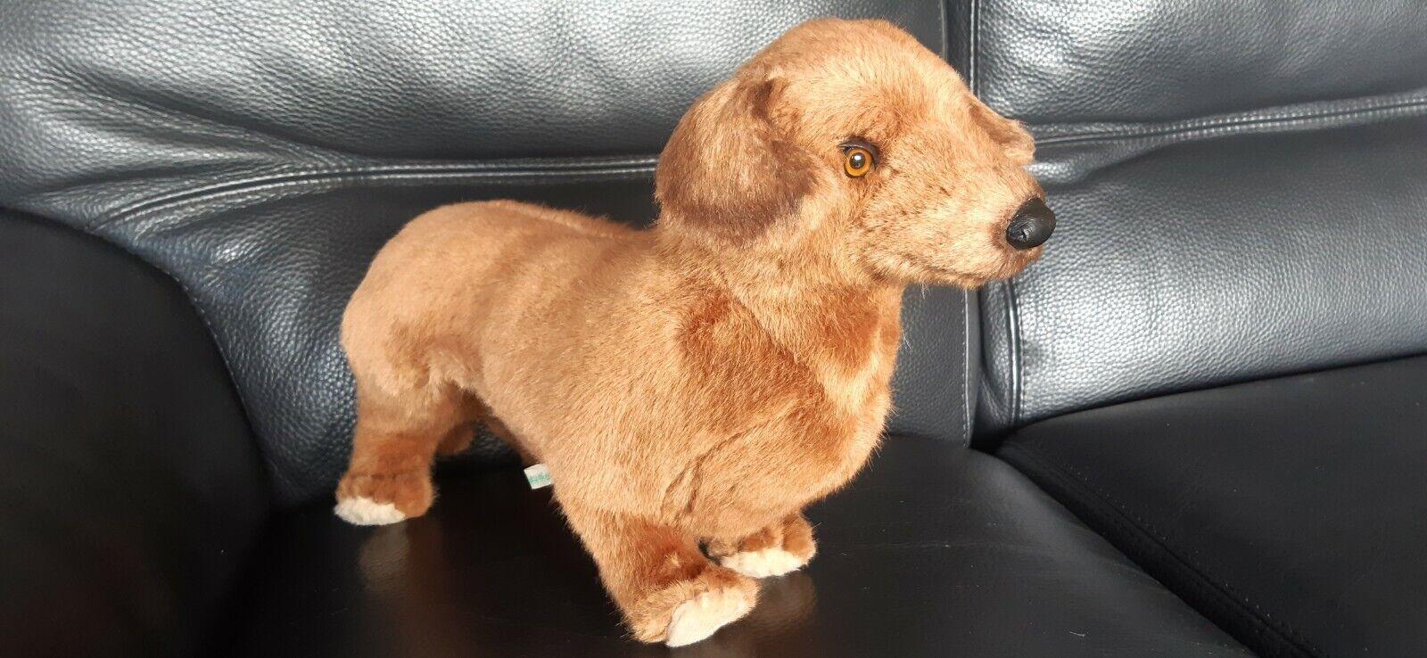 Peluche chien teckel marron