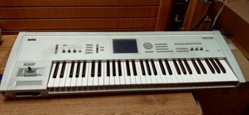 Korg Triton v2.1.1 - 61 Keys Keyboard Music Workstation Synthesizer