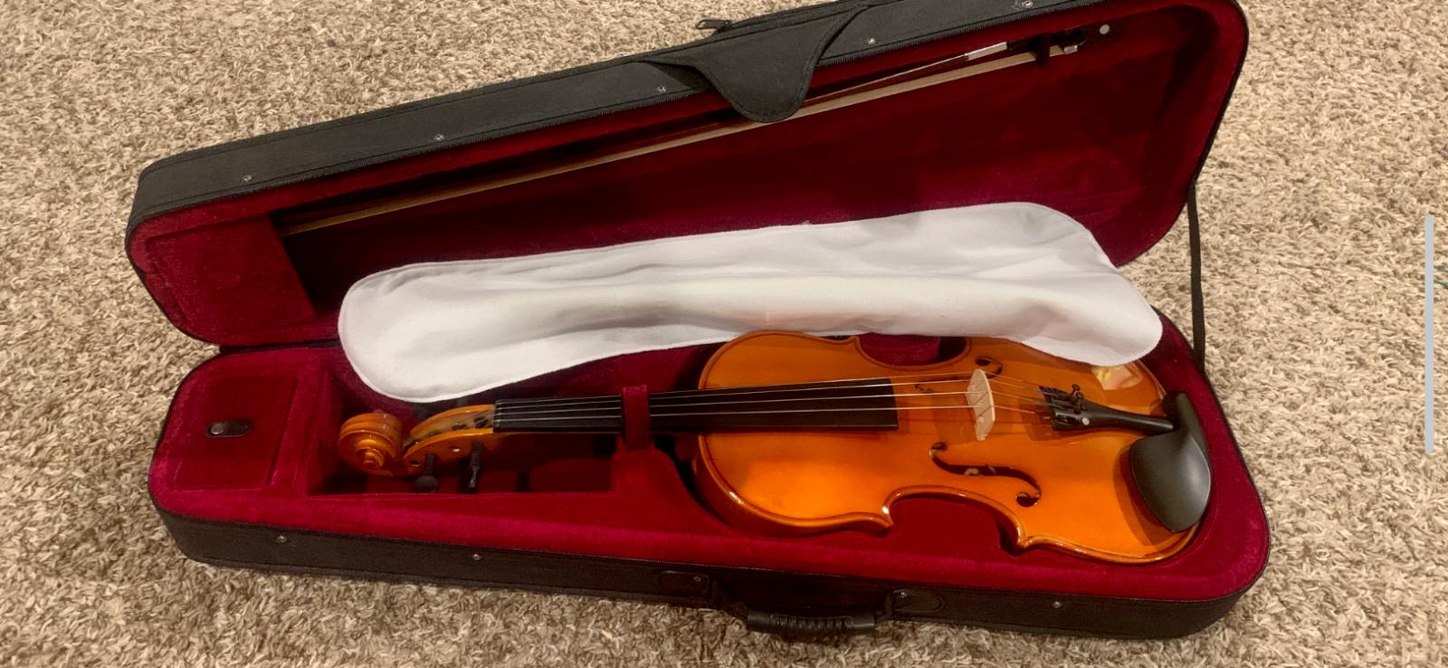 NEW Mendini Viola 4/4 Full Size - PRICE REDUCTION - $60.00