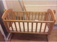 Baby crib / bed