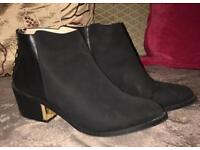Miss selfridge black and gold boots uk size 5